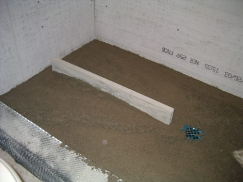 mortar bed for shower pan